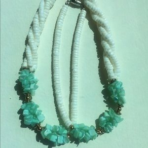 Vintage Puka Shell Necklace (White w/Mint Green)
